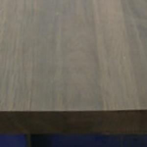 Räuchereiche-Leimholzplatte mit durchgehenden Lamellen