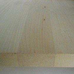 Ahorn-Leimholzplatten-mit-durchgehenden-Lamellen-im-Versand