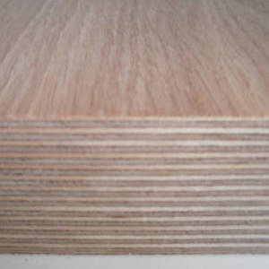 Eiche-Multiplexplatten
