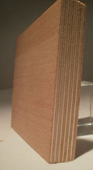 Bild von Buche-Multiplexplatten, messerfurniert, Birke-Innenlagen, 18mm, 250x125cm
