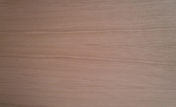 Eiche-Multiplexplatte : Ansicht der Furnierbildes der A-Seite (Beispiel)