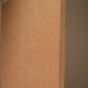Zuschnitte aus Sperrholzplatten