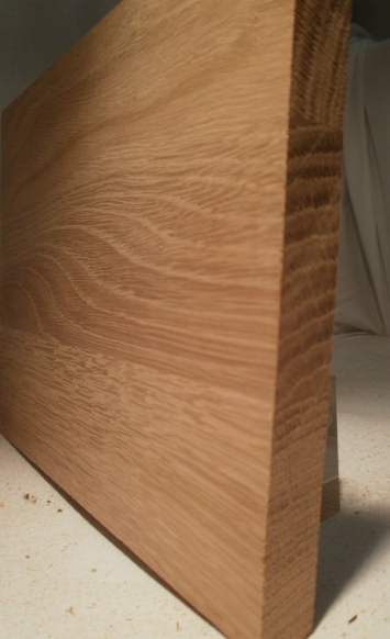 Eiche-Brett, 15mm stark, 150 mm breit, aus ca. 4 bis 5 Lamellen verleimt