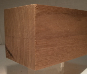 Quadatisches Tischbein aus Nussbaum 60x60mm Modell 1005, 77cm lang